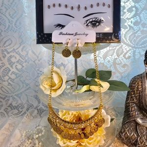 Jewelry - Gypsy Style Jewelery and Face Jewels Halloween
